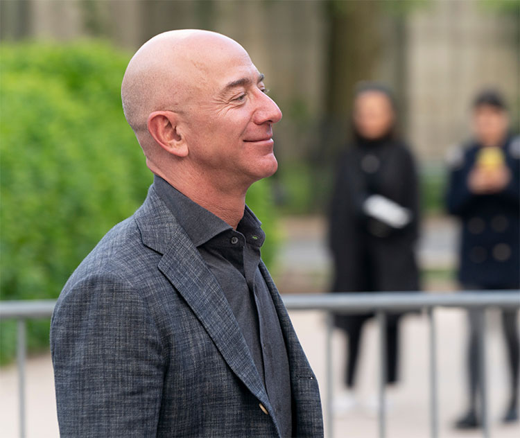 Jeff Bezos the CEO of Amazon, what does 2021 hold for him?