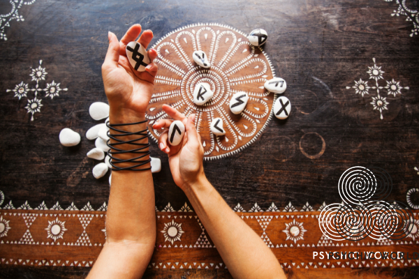 hands-coin-reading-runes